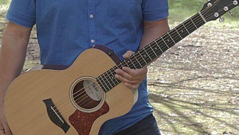 El cantautor Jorge Sánchez.