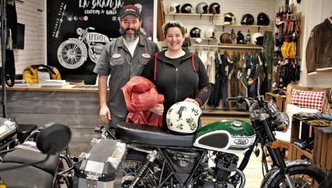 Un viaje en moto con estilo 'retro'