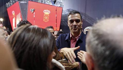 El presidente del Gobierno y candidato del PSOE, Pedro Sánchez , ha participado en un acto político que los socialistas navarros han celebrado esta tarde en el Navarra Arena, en Pamplona