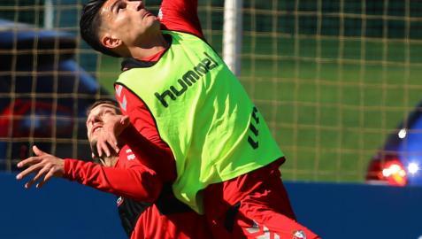 Osasuna abre la jornada 31 en Tenerife dispuesto a consolidar su liderato
