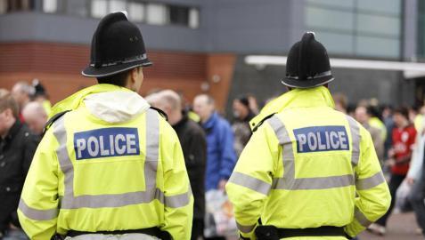 Buscan a la familia de un español encontrado muerto en el sur de Inglaterra