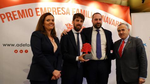Grupo Enhol recibe el IV Premio Empresa Familiar de Navarra de Adefan