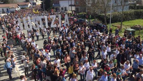 Entre los políticos que han estado presentes se encontraba la portavoz del Gobierno de Navarra, María Solana