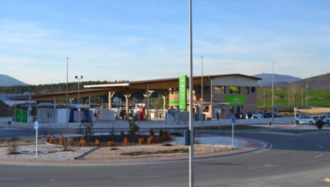 Atalaya adquiere un centro comercial en Olaz