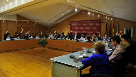 Bildu e I-E logran sacar adelante la ordenanza reguladora de comunales