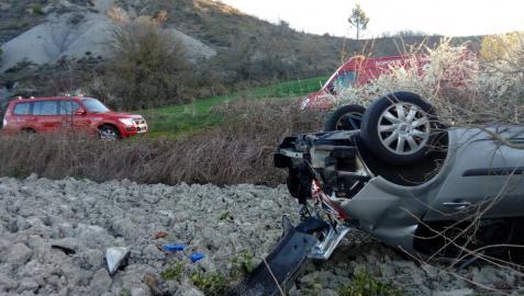 Un herido grave en un accidente de tráfico en la NA-150