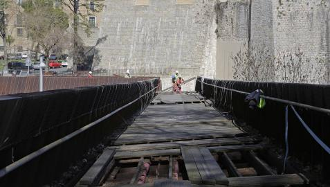 Los creadores de la pasarela de Labrit afirman que no hay daños estructurales