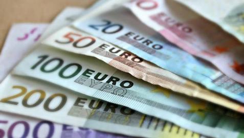 ¿Cómo afectaría al euro si Londres creará su propia moneda?