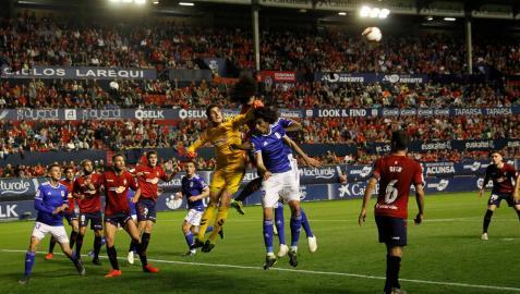 Osasuna pone el broche y termina la temporada invicto en El Sadar