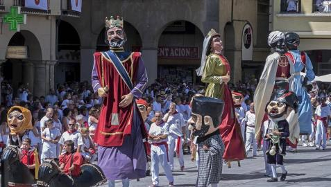 Todas las fotos de la despedida de los gigantes en fiestas de Estella en Diario de Navarra