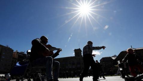 Los cielos despejados y el sol marcarán el tiempo del viernes en Navarra