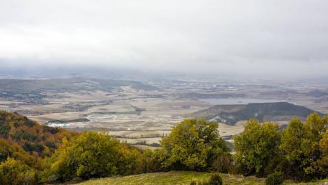 Piden una planta flotante fotovoltaica en Zolina pese a la oposición de la zona