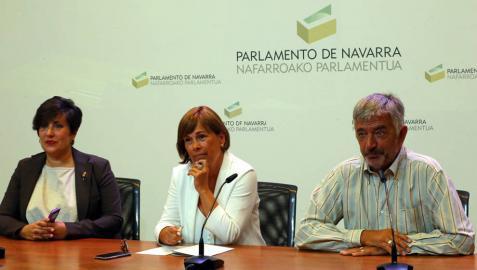 Barkos cuestiona la viabilidad del compromiso de Chivite con las madres y el IRPF