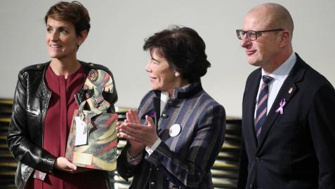 Chivite recoge en Madrid el premio del Ministerio de Presidencia al programa Skolae