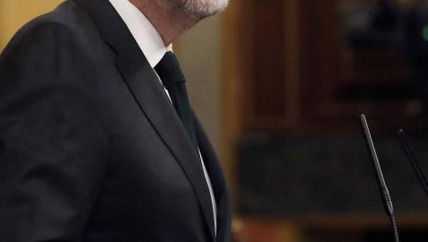 Rajoy aparece en el último momento en el Congreso para cerrar el debate