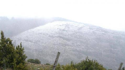 Las últimas horas del invierno dejan estampas de nieve este lunes en Navarra