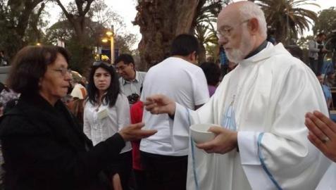 El navarro Celestino Aós fue ordenado obispo este sábado antes unas 2.000 personas en Copiapó.