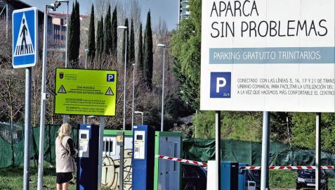 Parking y villavesa gratis en Trinitarios