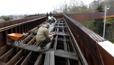 UPN y PSN dicen que desmantelar la pasarela de Labrit es 'electoralista'
