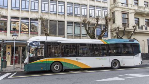 Usuarios de la línea 2 de villavesa proponen a la MCP una nueva parada