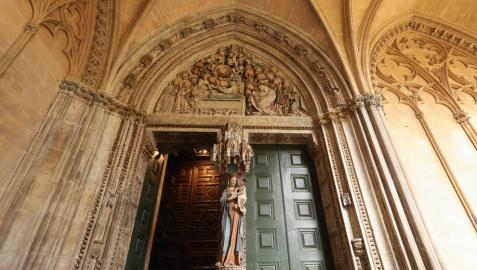 Restauración del claustro de la Catedral de Pamplona