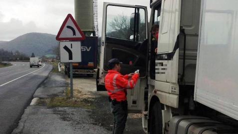 Denunciados por exceso de velocidad en un control en Ezkabarte el 3,5% de vehículos