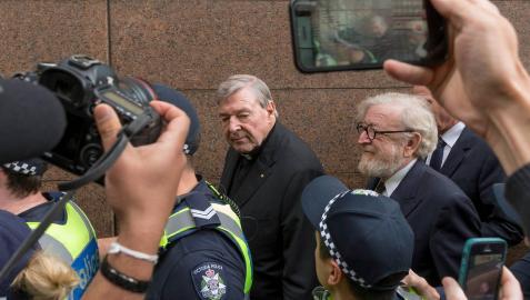 Seis años de prisión por pederastia para el cardenal australiano George Pell