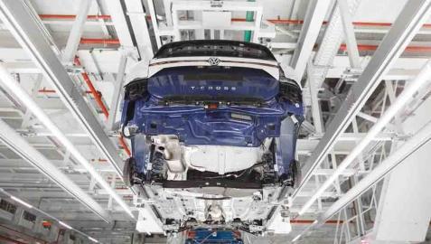 VW Navarra aprueba la modificación de los turnos de trabajo para regresar el 27 de abril