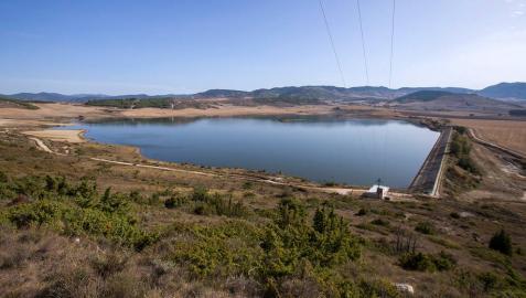 El impacto ambiental de la planta fotovoltaica flotante de Zolina, a estudio