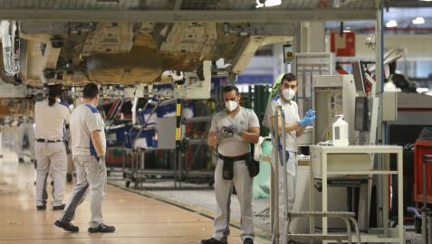 Una imagen del primer día de recuperación del trabajo en la planta de Landaben de Volkswagen.