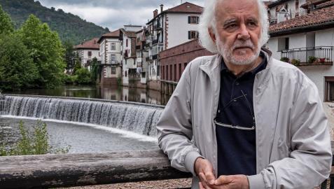 """Ramón Andrés: """"No podemos dejar la política en manos de los políticos"""""""