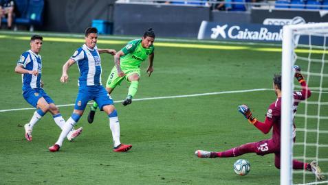 El Leganés de Aguirre revive en Barcelona y hiere de muerte al Espanyol