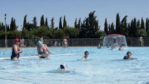Verano a remojo en la totalidad de las piscinas de la Zona Media