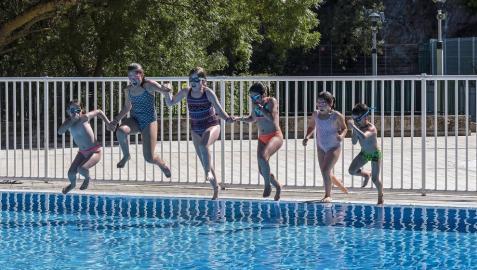 Piscinas de 27 municipios reciben a los bañistas en Tierra Estella
