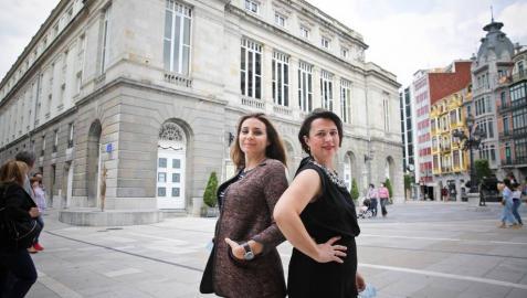 Maite Beaumont y Sabina Puértolas abren juntas la temporada de la Ópera de Oviedo
