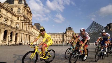Sam Bennett se ha llevado este domingo en París la 21ª y última etapa del Tour de Francia 2020, en una jornada en la que se entregó el triunfo en la general al joven Tadej Pogacar.