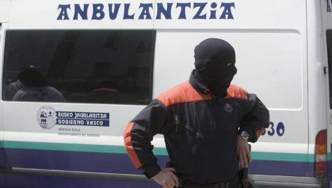 Herido un ertzaina tras recibir varias puñaladas de unos ladrones en Vizcaya