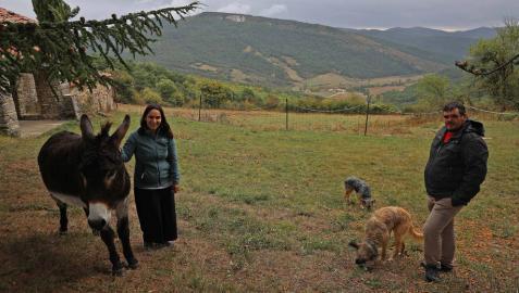 Pastor y bibliotecaria desde Urricelqui