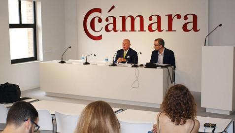 Rueda de prensa del presidente de la Cámara de Comercio de Navarra, Javier Taberna.