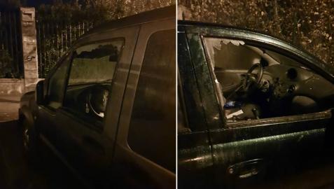 Dos de los vehículos en los que los detenidos robaron en la Vuelta de Aranzadi.