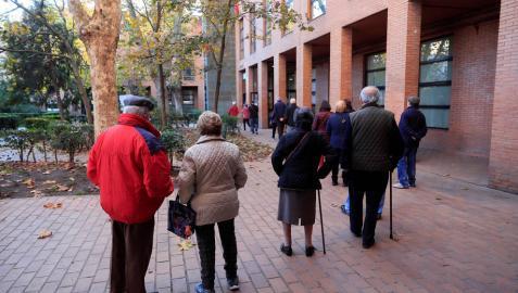 Hacienda recorta la paga extra de 75.000 pensionistas