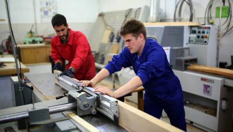 Navarra encabeza las tasas de empleo de los titulados en Formación Profesional