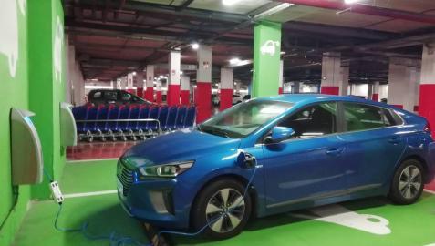 El coche eléctrico dice '¡pruébame!' este viernes y sábado en Baluarte