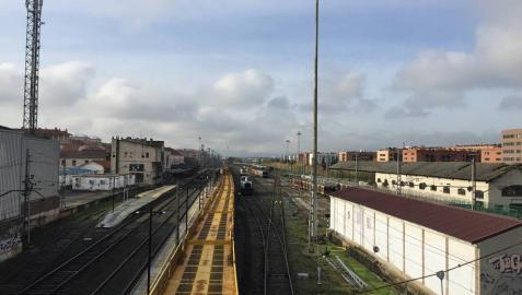 EH Bildu, Podemos e I-E piden la paralización del TAV