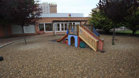 La escuela infantil de Mendebaldea seguirá abierta en 2020-2021 al aplazarse las obras