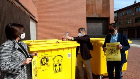 Recompesas en Peralta por el reciclaje de latas y botellas de plástico