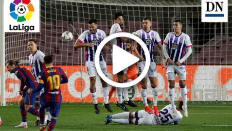 Lanzamiento de una falta del Messi ante el Real Valladolid