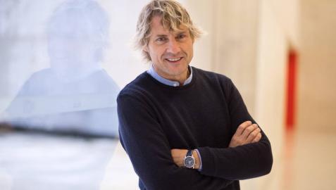 El presentador Julian Iantzi.
