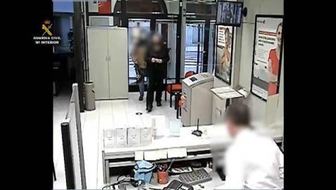Dos detenidos por atracar dos bancos en Navarra y uno en Zaragoza