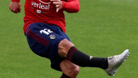 Facundo Roncaglia soltó un impresionante zapatazo en el minuto 23 que se coló por portería del Celta.